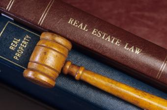 Should A Struggling Homeowner Hire An Attorney?